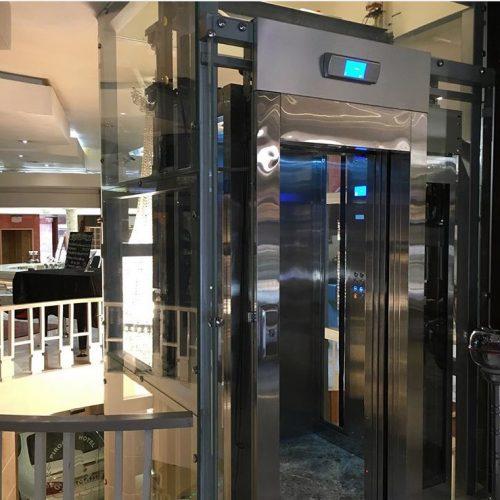 آسانسور هتل توسط آلپای آپ
